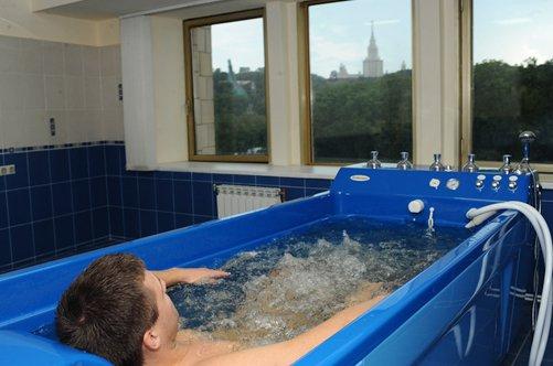 Гидромассаж. Подводный душ массаж