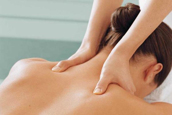 Глубокий массаж спины