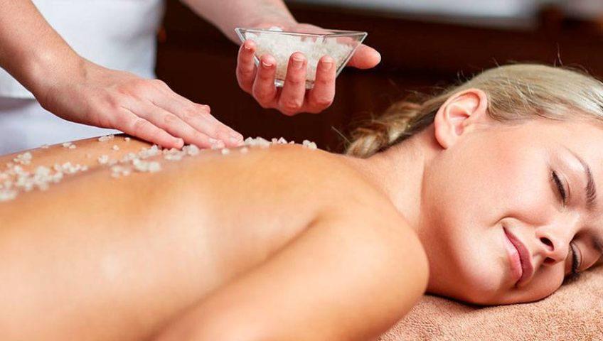 Солевой пилинг-массаж